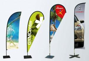 drapeau publicitaire personnalisable, pratique, tendance et facile à transporter